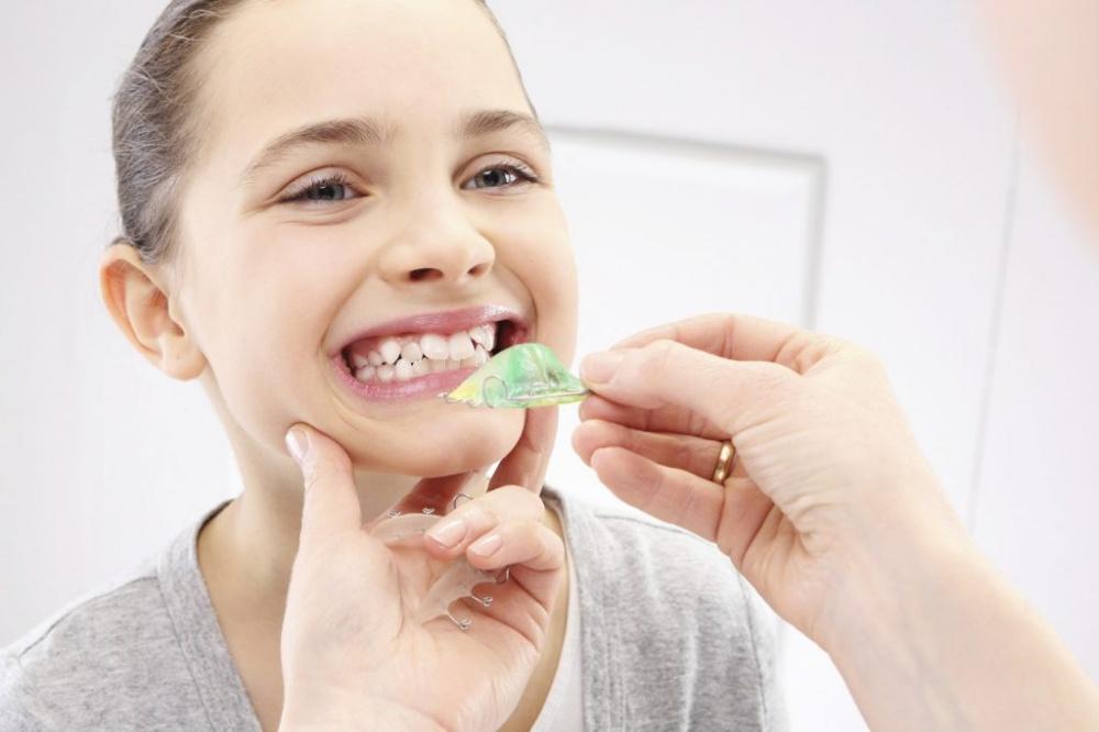 Как исправить кривые постоянные зубы у ребенка
