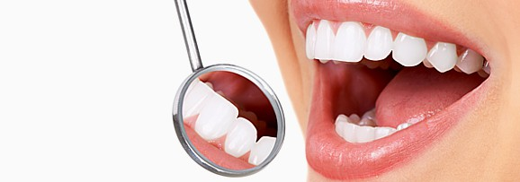 Чистка зубов у стамотолога