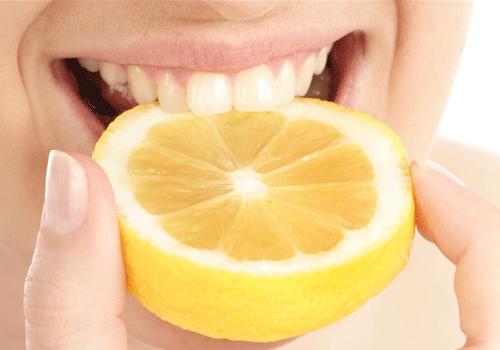 Жевание лимона, лайма